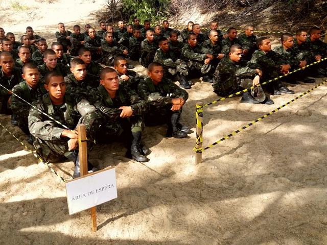 Militares realizam Período de Instrução Básica