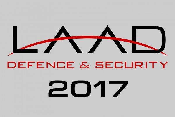 Gripen NG, KC-390 e PESE serão as grandes atrações da FAB na LAAD Defence & Security 2017