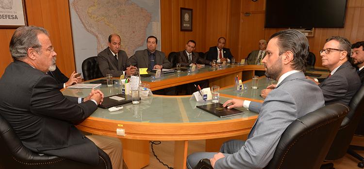 Ministro Jungmann recebe parlamentares de Rondônia e Goiás