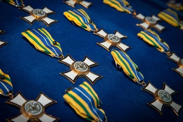 Ministro Jungmann entrega Medalha do Mérito Desportivo Militar