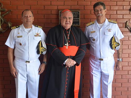 Comandante do CIAMPA, Arcebispo do Rio de Janeiro, e Comandante do Pessoal de Fuzileiros Navais