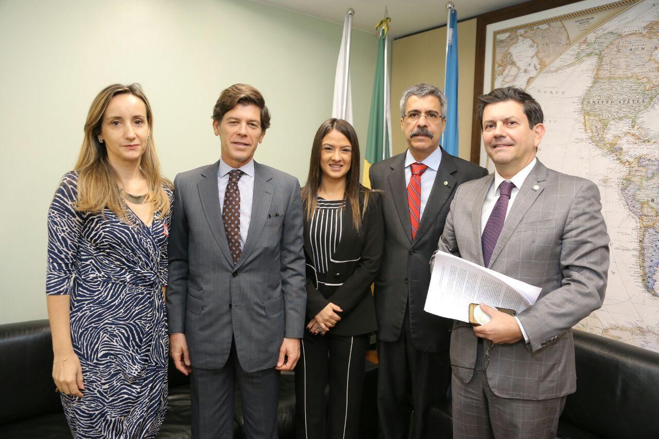 CREDN aprofundará agenda de cooperação com Portugal
