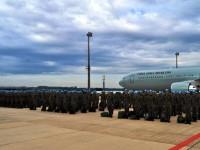 A primeira tropa embarcou no aeroporto internacional de Viracopos (SP)