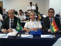 Capitão de Mar e Guerra Tarcísio, Capitão de Fragata Nogueira e representante da Bolívia