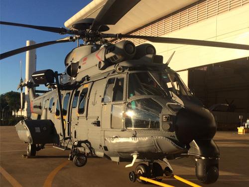 Esquadrão HU-2 recebe aeronave C-SAR