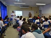 Guarda-Marinha Ronney Soares realiza palestra informativa e motivacional