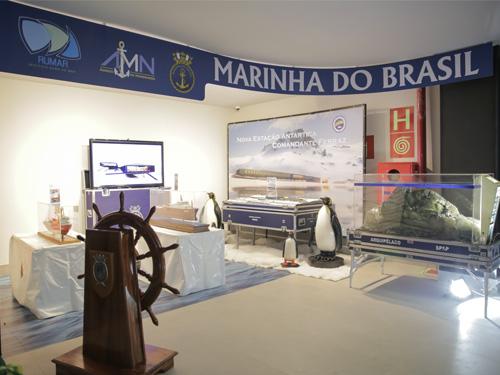 Marinha do Brasil inaugura estande dentro do AquaRio