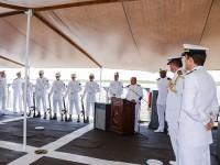 Capitão-Tenente (CN) Sousa Lima proferindo oração