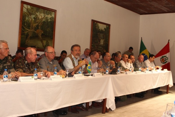 Organizações civis e militares do Brasil participaram da reunião