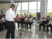 Banda de Música da Escola Naval regida pelo Suboficial Santos