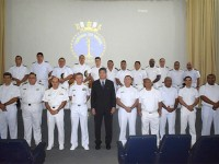 Vice-Almirante Edervaldo, oficiais do CIABA e oficiais concluintes do curso