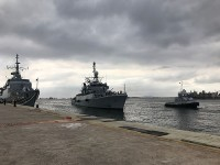 """Corveta """"Spiro"""", da Argentina, atracando na Base Naval do Rio de Janeiro (RJ)"""