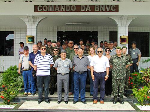 Comitiva do PCN em visita à Base Naval de Val de Cães