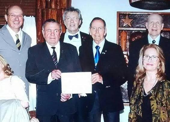 Ex delegados presentes na outorga de colaborador emérito do Exército Brasileiro à ADESG RS