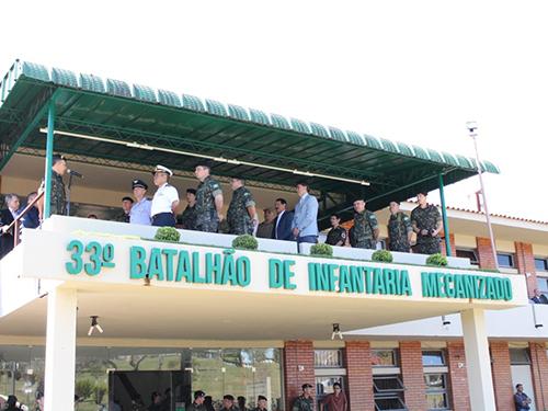 """Marinha do Brasil participa das comemorações do """"Dia do Soldado"""", no Oeste Paranaense"""