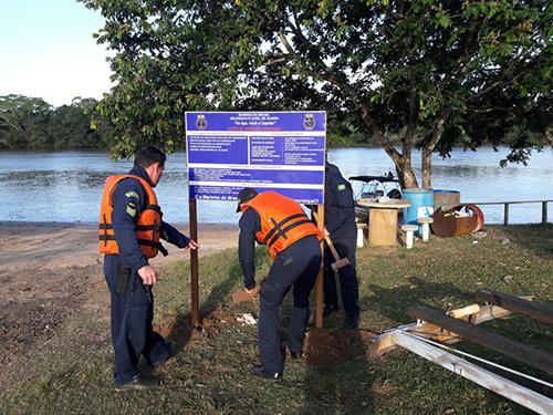 DelGuaira instala Placas de Informações nas rampas públicas