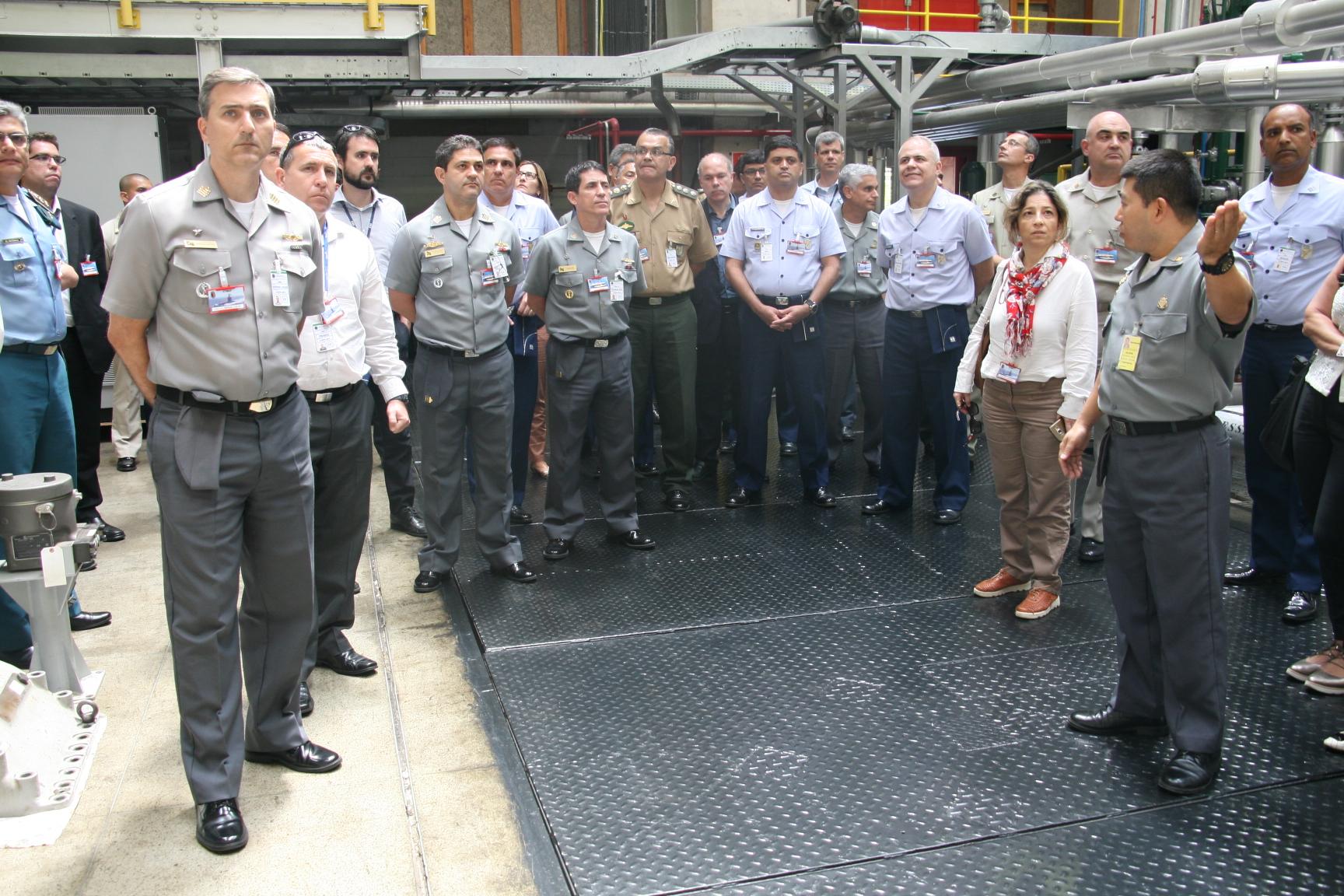 CAEPE visita o Centro Tecnológico da Marinha em São Paulo