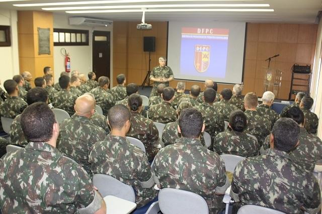 1ª Região Militar recebe visita de orientação técnica da DFPC