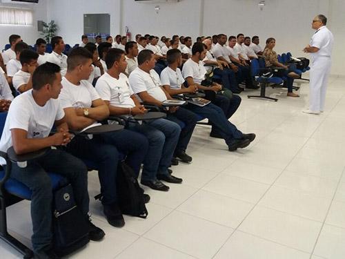 Marinha do Brasil realiza curso para formação de Aquaviários em parceria com cooperativas fluviais