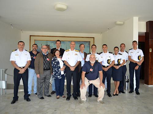 Cooperação entre Instituto Rumar e CIAGA fortalece as atividades náuticas dos alunos da EFOMM