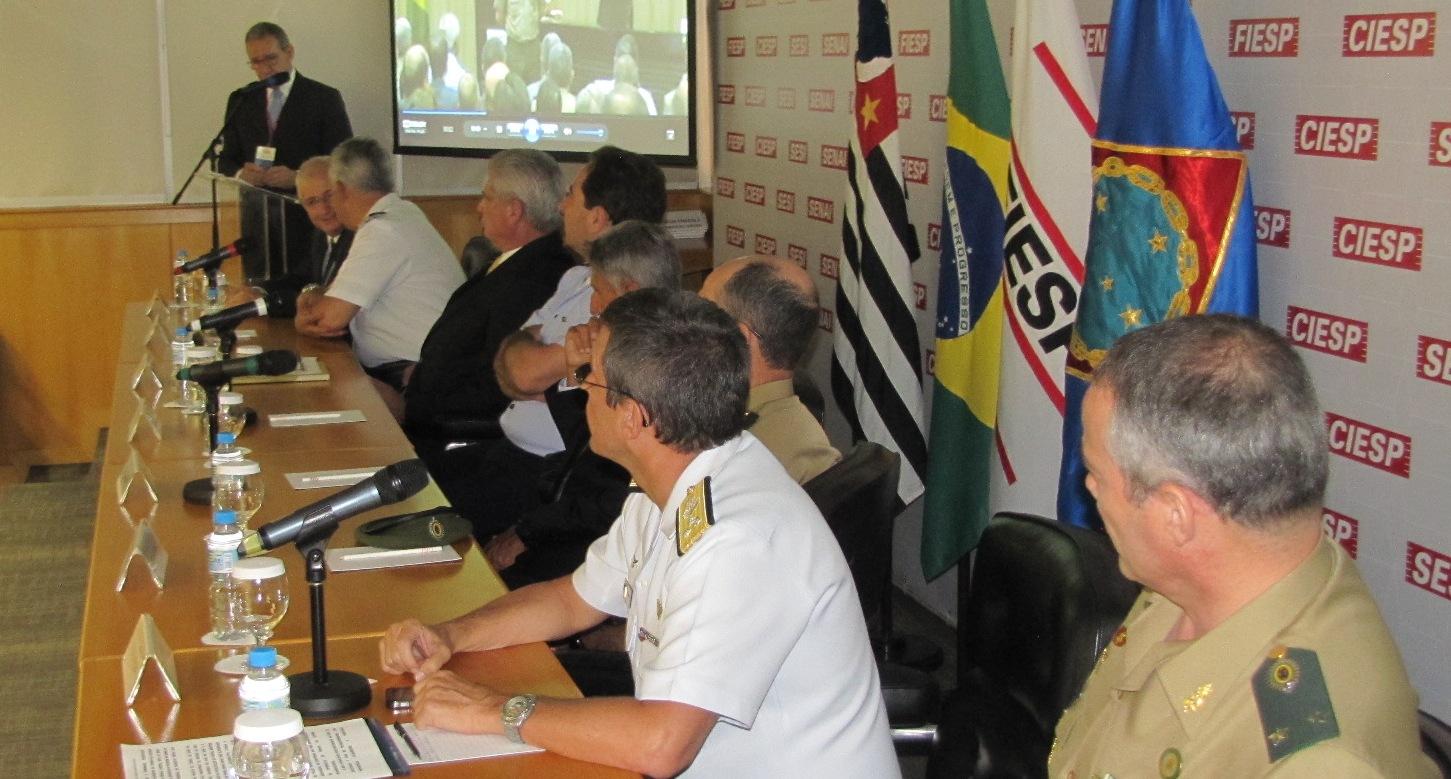 Escola Superior de Guerra inicia o Curso de Gestão de Recursos de Defesa na Fiesp