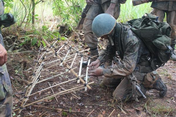 Soldados em formação participam de atividades de campanha em Boa Vista
