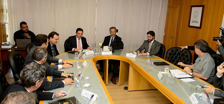 Jungmann e governo de Goiás discutem ações para criação de Polo de Defesa