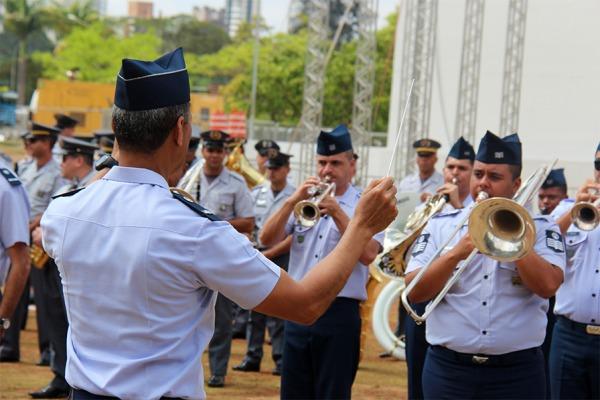 Encontro de Bandas Militares abre programação do Mês da Asa em São Paulo