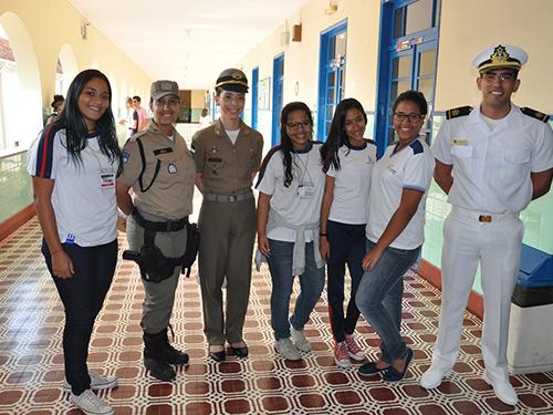Escola de Aprendizes-Marinheiros de Pernambuco participa de Feira de Profissões