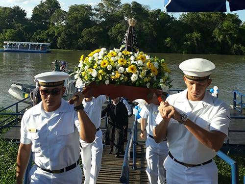 Marinha do Brasil participa de evento religioso em Aparecida do Norte