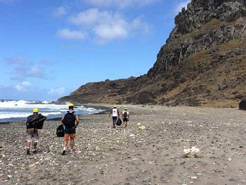 POIT promove ação no dia Internacional da Limpeza de Praias e Rios