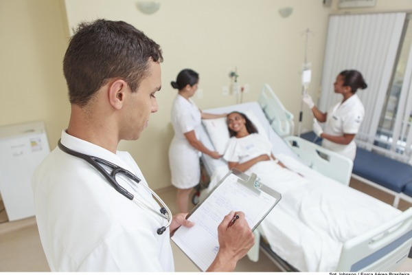 Recadastramento para beneficiários do Sistema de Saúde da Aeronáutica termina neste mês