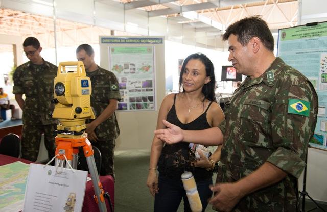 Semana Nacional de Ciência e Tecnologia tem participação do Exército, que apresenta novidades