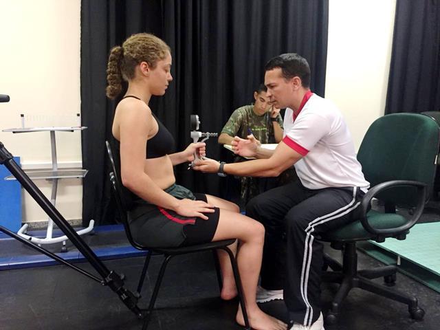 Avaliações de controle dos componentes de aptidão física em alunos de ambos os sexos da EsPCEx