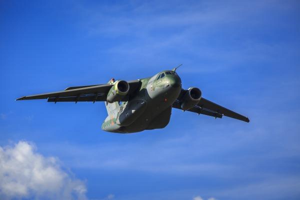 FAB e Exército têm atuação conjunta em fase de testes do KC-390