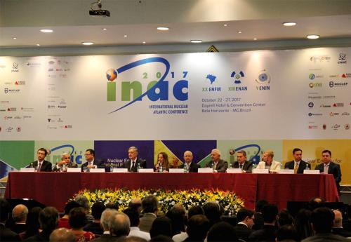 Amazul participa de simpósio sobre perspectivas do setor nuclear