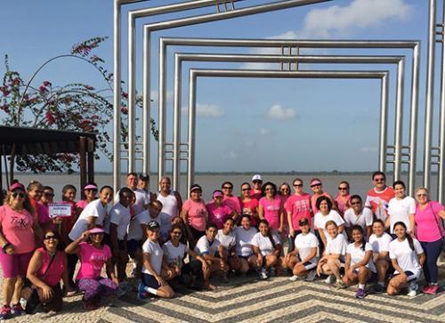 HNBe promove caminhada pela campanha Outubro Rosa
