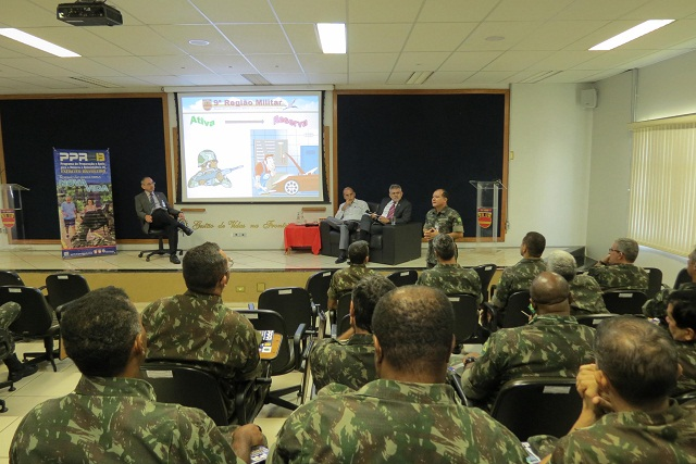 Palestra sobre Programa de Preparação e Apoio à Reserva e à Aposentadoria do EB