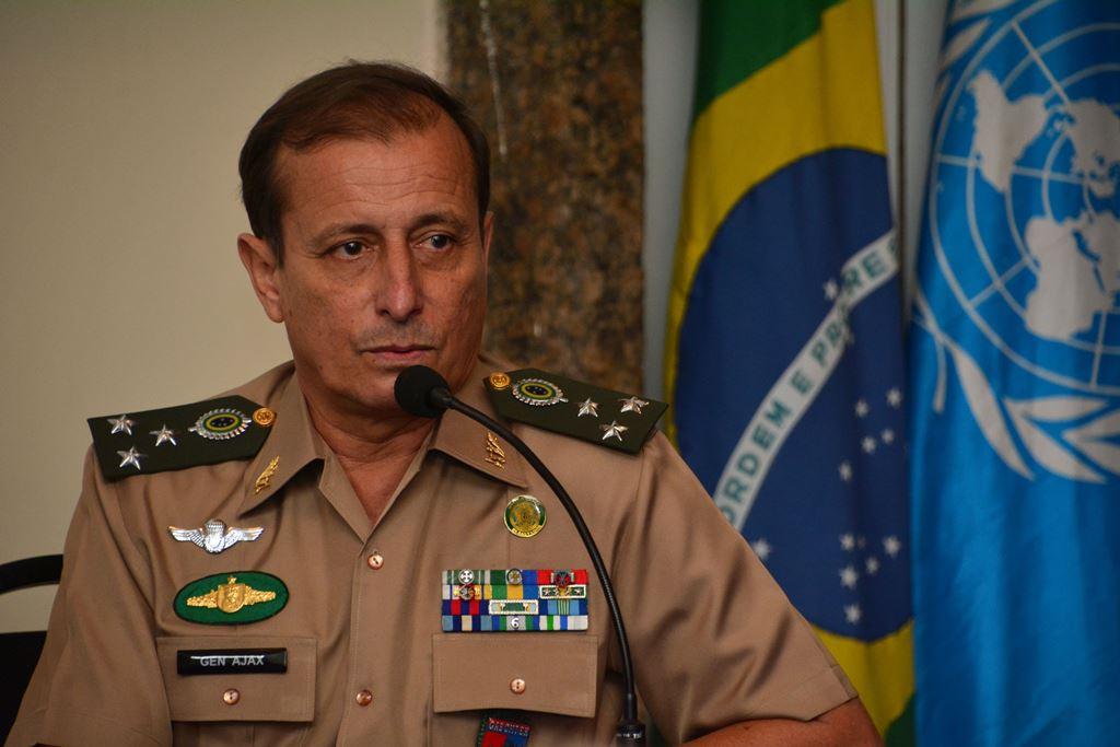 General Ajax faz balanço da MINUSTAH durante encontro no Palácio Itamaraty, no Rio de Janeiro