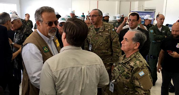 Em Tabatinga, ministro da Defesa visita exercício multinacional AMAZONLOG17