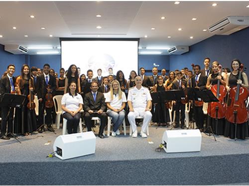 Voluntárias Cisne Branco Natal inauguram sede com cerimônia e apresentação musical