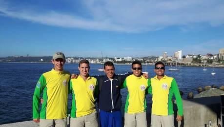 Escola Naval participa da Regata Off Valparaíso, no Chile