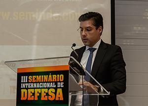 Seminário de Defesa em Santa Maria (RS) discute expansão da produção industrial brasileira