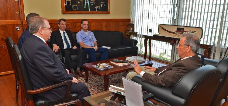 Ministro Jungmann recebe embaixador da Russia para reforçar parcerias entre os países