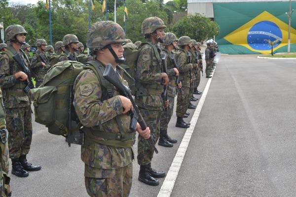 Ala 1 homenageia os militares da Infantaria da FAB com formatura