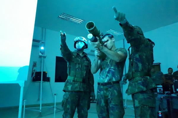 Alunos da Academia da Força Aérea realizam viagem de estudos à Amazônia