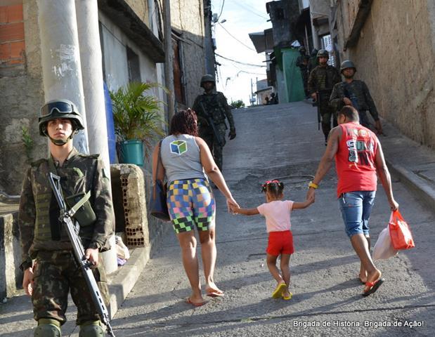 Forças Armadas realizam 13ª Operação na Comunidade da Mangueira, Zona Norte do Rio de Janeiro