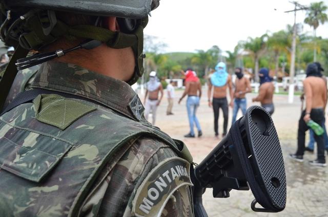 """Exército Brasileiro participa da """"Operação Mantiqueira"""""""