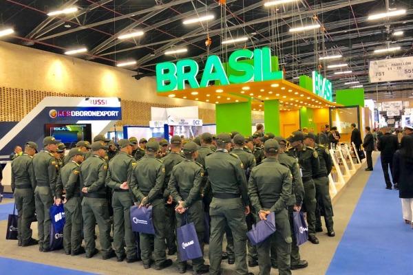 Dezoito empresas de defesa brasileiras participam de feira na Colômbia