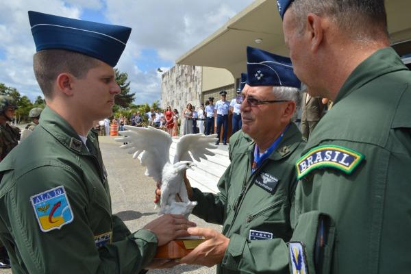 FAB forma 117 novos pilotos de combate em Natal (RN)
